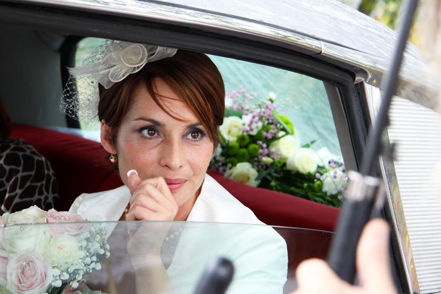 La mariée dans la voiture