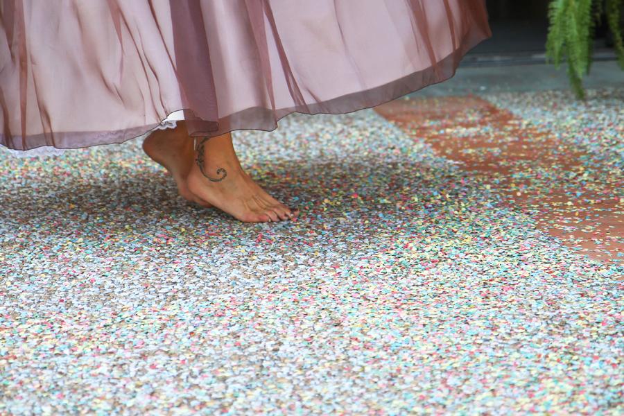 Photographe Mariage Bérat / Les pieds de la mariée