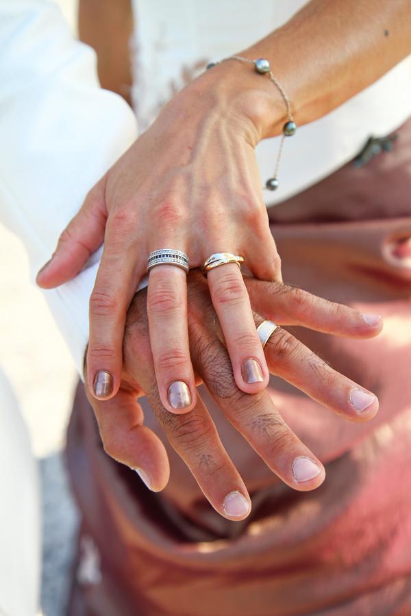 Photographe Mariage Bérat / Les alliance des mariés