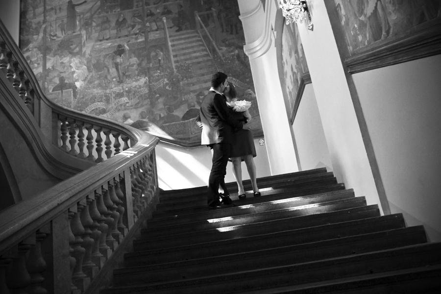 baiser à l'escalier