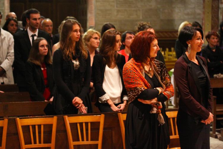 Photographe mariage Auch - Les invités à l'église