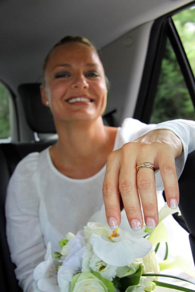Photographe mariage Albi - La mariée en voiture