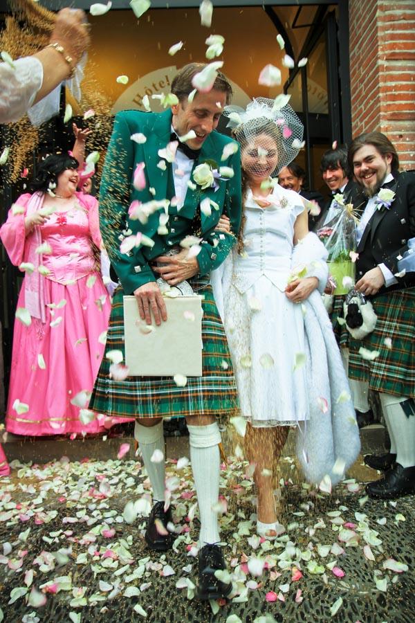 Photographe mariage Castelsarrasin / Sortie de la mairie