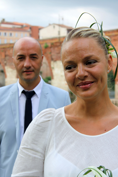 Photographe mariage Albi - La mariée devant