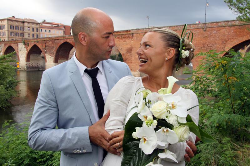 Photographe mariage Albi - Regard complice et sourire