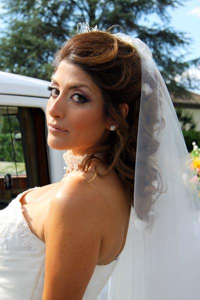 photographe mariage Toulouse - La mariée devant la voiture