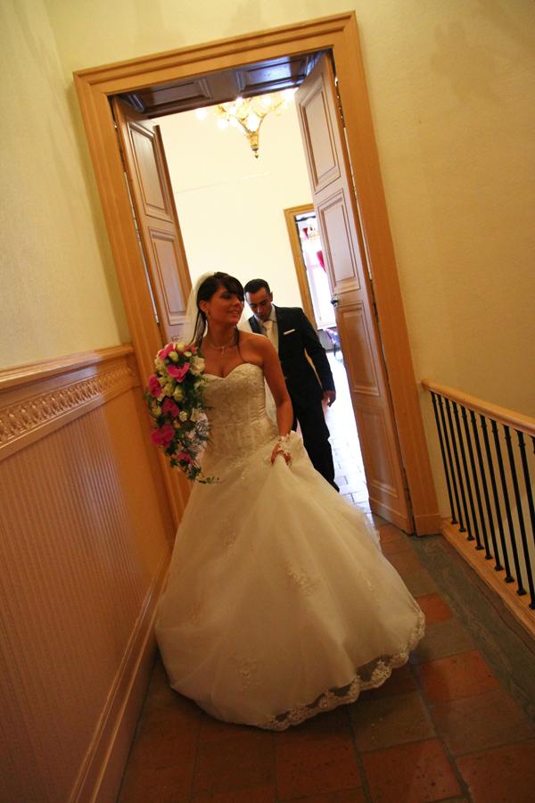 Photographe mariage Muret / Sortie de la mairie