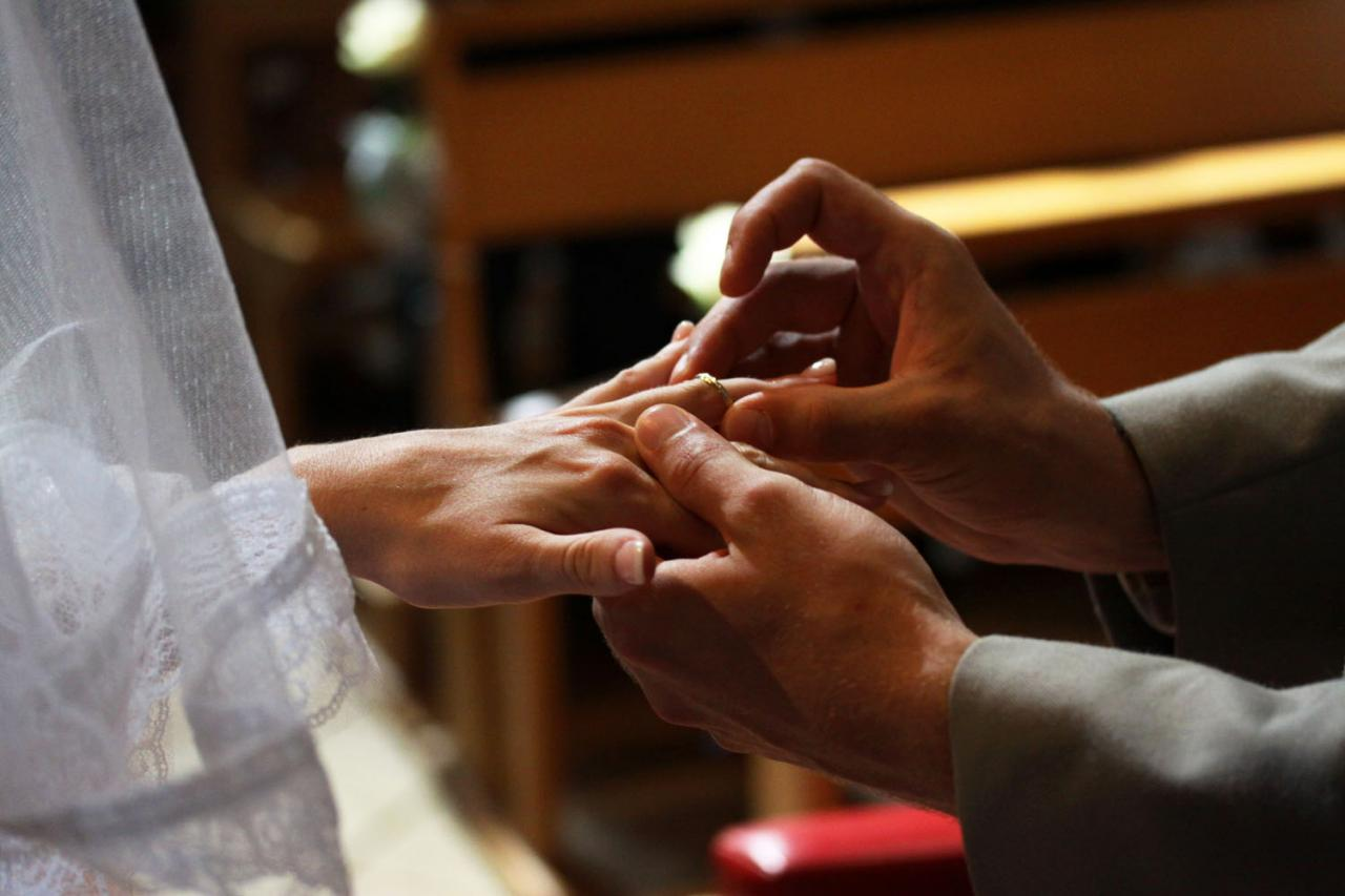 Photographe mariage Montauban - L'échange des alliances