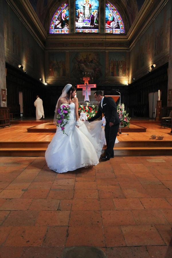 Photographe mariage Muret / La sortie de l'église